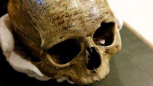 Vědci zkoumají Descartovu lebku. Objeví 'pahrbek geniality'?