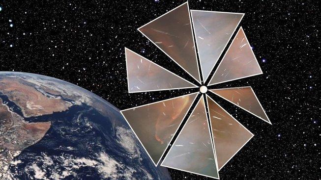 Běžná solární plachetnice