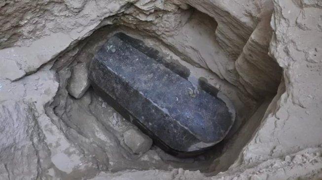 Alexandrijský sarkofág před otevřením