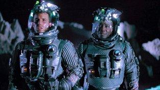 Konvenční představa těžařů v kosmu... (Armageddon)