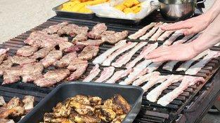 Nízkosacharidové diety jsou zdraví nebezpečné mimo jiné proto, že lidé konzumují více tuky a bílkoviny. Ilustrační snímek