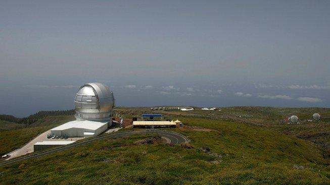 Největší současný astronomický dalekohled na světě, umístěný na Kanárských ostrovech (Gran Telescopio Canarias)