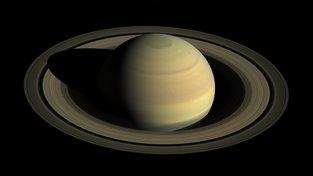 Saturn pomalu, ale jistě přichází o své prstence