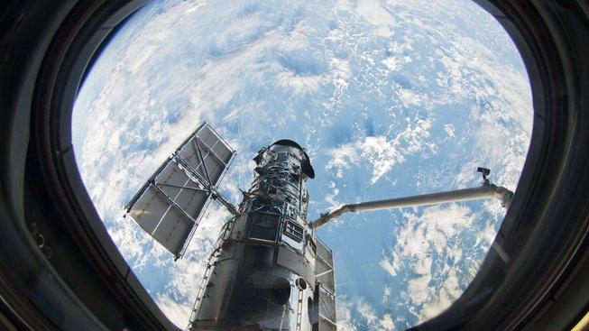 Vývoj Hubbleyova teleskopu trval zhruba dvacet let