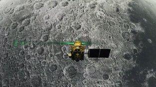 Přistávací modul Vikrám nad povrchem Měsíce