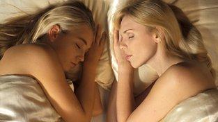 Sexuální orientace je složitá a zvelké části dědičná vlastnost