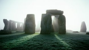 Stonehenge za úsvitu