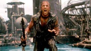 Kevin Costner v postapokalyptickém filmu Vodní svět z roku 1995. Film popisuje Zemi, která se po tání ledovců ocitla téměř celá pod vodou