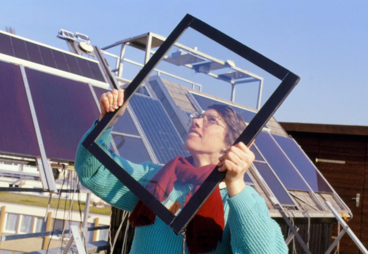 profimedia-0103021465 solar window