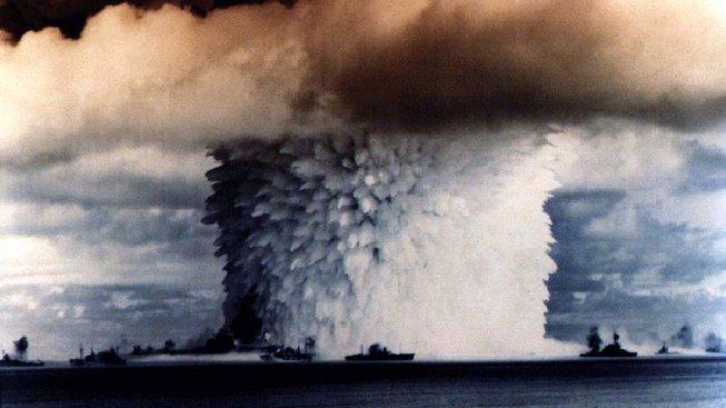 Jaderný hřib nad Tichým oceánem