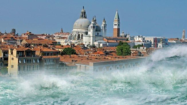 Fiktivní úder tsunami na Benátky