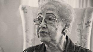 June Almeida ve věku 76 let, rok před smrtí
