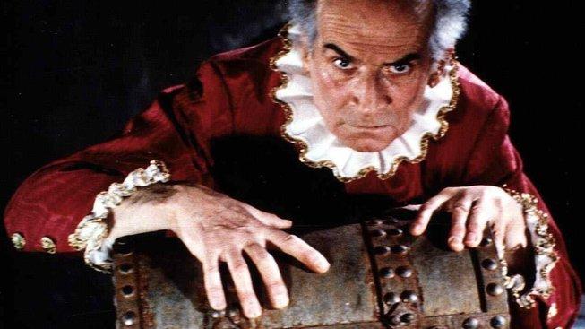 Louis de Funés jako zazobaný a hrabivý Harpagon v Moliérově Lakomci