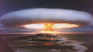 Sovětská car-bomba při testu v roce 1961. Byla to nejsilnější bomba, která kdy byla odpálena