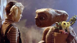 E.T. Mimozemšťan. Film, který líčí setkání s jinou civilizací idylicky. Ve skutečnosti bychom ho nemuseli přežít