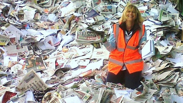 Recyklace papíru poháněná uhlím zvyšuje emise, varuje studie