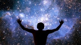 Astronomové neví, odkud se ve vesmíru bere polovina světla