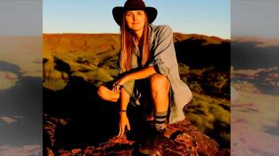 Oblast Pilbara na severu západní Austrálie, kde byly nalezeny nejstarší indicie o původu života na Zemi.