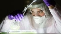 Covidová vakcína s českou stopou dosáhla účinnosti nad 90 procent