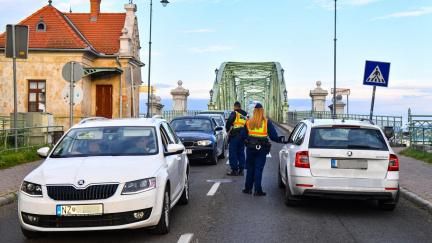 Slováci přitvrdí na hranicích. Jejich covidové kontroly budou důkladnější