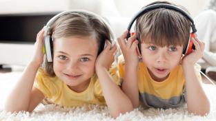 Když posloucháme stejný příběh, tlukot našich srdcí se sladí