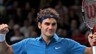 Roger Federer vyhnal Nadala z kurtu