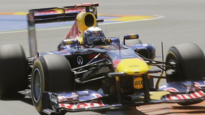 Mistr světa Vettel si v Bahrajnu dojel pro první triumf v sezoně