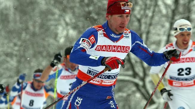 V rámci  libereckého Mistrovství světa v klasickém lyžování se 22. února 2009 bežel závod mužů ve skiatlonu na 15 kilometrů klasicky a 15 kilometrů volně.  Na snímku Lukáš Bauer. ALEŠ SUCHÁNEK / MEDIAFAX