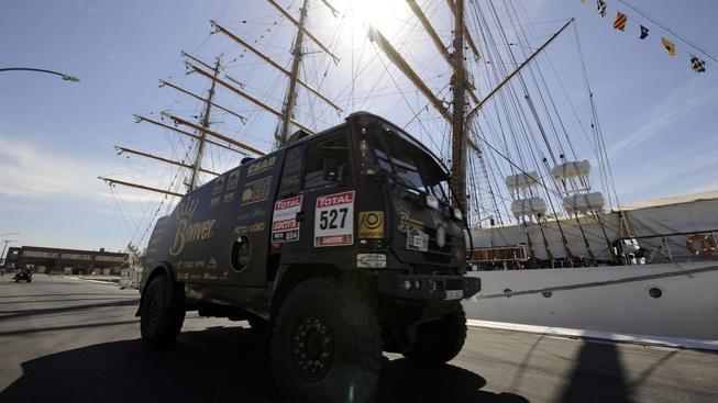 Dnes startuje Rallye Dakar a Loprais s tatrou je jedním z favoritů