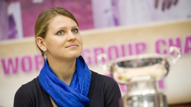 V Tenisovém klubu Sparta Praha v pražské Bubenči se 7. listopadu 2011 uskutečnila tisková konference českého Fed Cupového týmu po návratu z Ruska, kde byly prezentovány i vítězné trofeje. Na snímku tenistka Lucie Šafářová. JAKUB DEML / MEDIAFAX