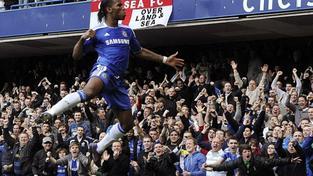 Chelsea i díky Čechovi porazila Barcelonu, jediný gól vstřelil Drogba
