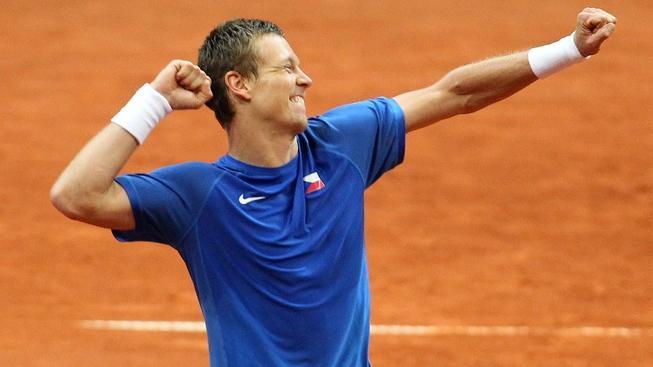 V pražské O2 areně se 8. dubna 2012 odehrálo čtvrtfinále tenisového Davis Cupu mezi Českem a Srbskem. Na snímku Tomáš Berdych. MILAN KAMMERMAYER / MEDIAFAX