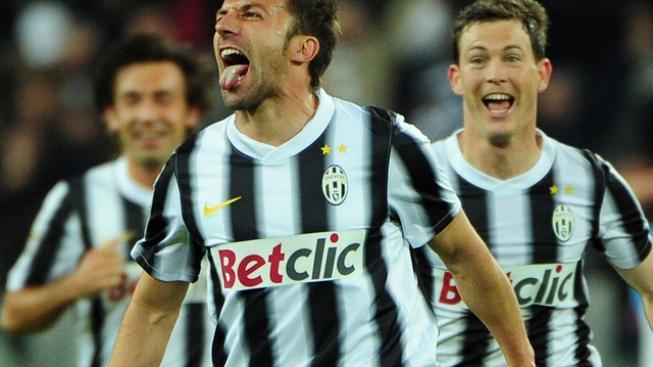 Juventus rozstřílel Novaru a uhájil náskok v čele Serie A