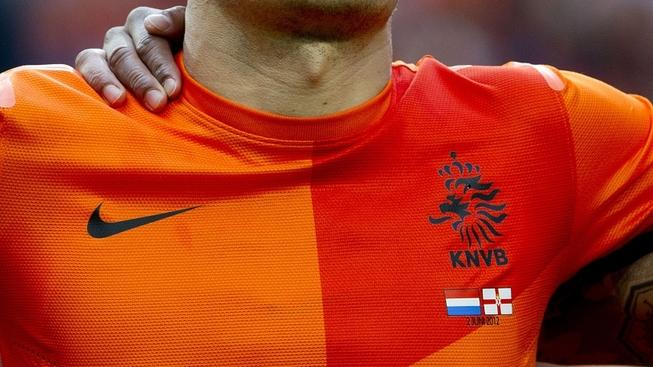 Image: 0130775022, License: Rights managed, Netherland's Arjen Robben  sings his national anthem on June 2, 2012 before a friendly football match against Northern Ireland in Rotterdam ahead of the Euro 2012 football championship., Place: NETHERLANDS, Model Release: No or not aplicable, Credit line: Profimedia.cz, AFP
