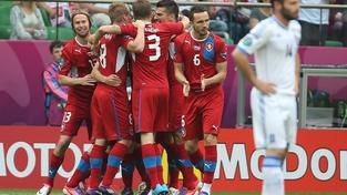 Češi porazili po skvělém úvodu Řecko 2:1, Rosický zraněn