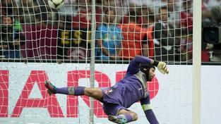 Na Národním stadionu v polské Varšavě se 21. června 2012 odehrálo čtvrtfinále české reprezentace proti celku Portugalska. Na snímku Petr Čech.  MILAN KAMMERMAYER / MEDIAFAX