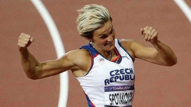 Czech athlete Barbora Spotakova celebrates after winning the London 2012 Olympic Games women's javelin at the Olympic Stadium in London, United Kingdom, 09 August 2012. MEDIAFAX / EFE