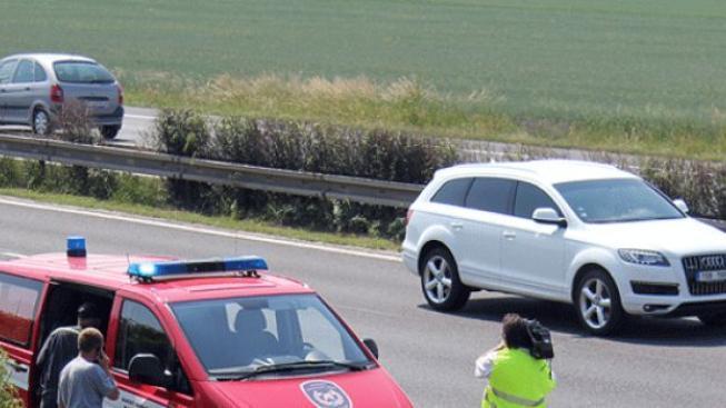 Na dálnici D1 u Ostravy srazilo auto chodce, byl na místě mrtvý