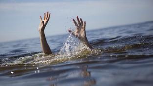 Starší muž přecenil svoje síly a utopil se, když zachraňoval vnuka