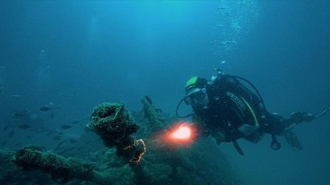 Ztracené poklady pod hladinou: Vrak lodi potopené za války ukrýval tuny stříbra