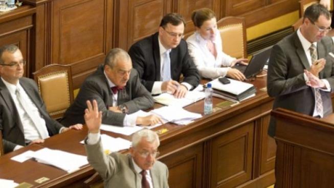 Poslanci kývli na nový zákon o ochraně ovzduší. Výrazně zvýší poplatky