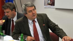 Šéf KSČM Filip nevěří verzi USA o 11. září. Jen záminka pro války