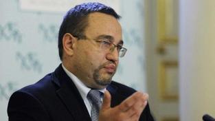 Ministr Dobeš odhalil: Krizi Bátora vyřešil Nečas. Kalousek nedělal nic