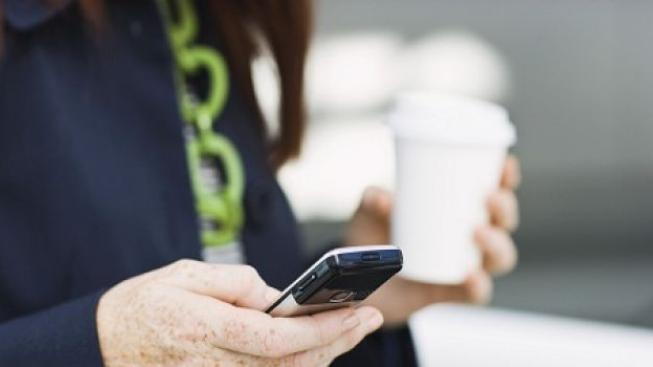 Telekomunikační úřad zastavil aukci kmitočtu nové mobilní sítě. Ceny byly přemrštěné