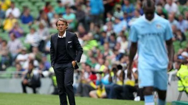 Balotelli mne přivádí k šílenství, tvrdí kouč fotbalového City Mancini