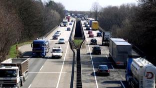 Německo uvažuje o zpoplatnění dálnic