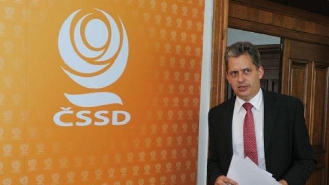 Podle Dienstbiera korupce odsává prostředky ze státního rozpočtu
