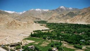 Zelené město v Himalájích je pro turisty skutečným magnetem