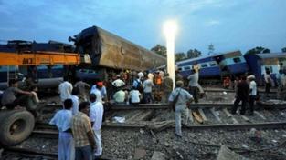 Vlakové neštěstí v Indii si vyžádalo 20 obětí