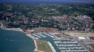 """""""Odskoč si do Portorože"""", Slovinsko láká turisty k moři vtipným klipem"""